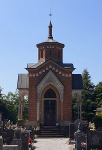 La cappella edificata da mons. Chiappetta a Imberido, in cui riposa con la famiglia.